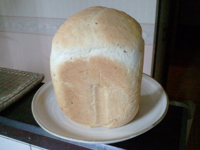 手作りポマンダーとパン♪